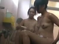 「またイッちゃう!」旅館先の混浴温泉で見知らぬ男とガチ性交!