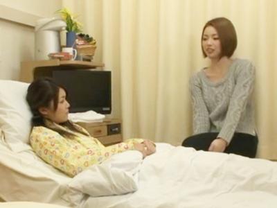 隣のベッドにお見舞いに来る美人姉妹との3Pパコで全員仲良くザーメンまみれ!