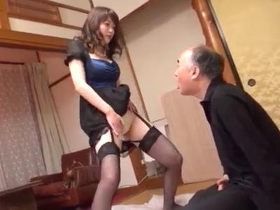 義父がドMなのを良い事に言いなり性玩具にして遊び倒すドS妻