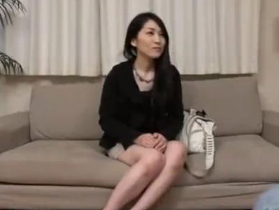 スタイル抜群な素人妻をホテル連れ込み→電マ責めからの強制中出しパコ!