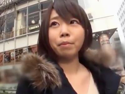 「ちょっと待ってまたイッちゃう!」新宿でナンパしたロリっ娘を即日ハメ