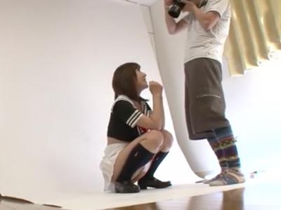 レイヤー美女撮影会と称し呼び出し→ノコノコやって来たところを強制3Pハメ!