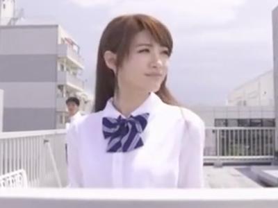 アイドル級に可愛い美少女JKが同級生や先生に犯されまくるw