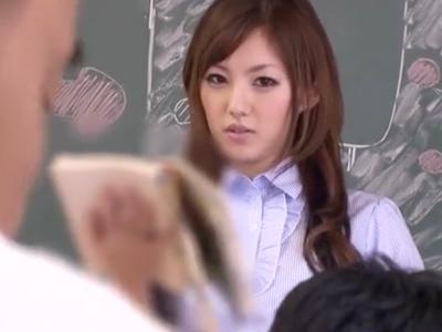 「やめなさい‥っ」美人教師・天海つばさが生徒にムリヤリ犯される顔射ハメ