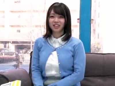 MM号に迷い込んだ旅行会社勤務のデカパイ娘→初対面チンポとその場ハメ!