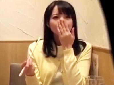 川崎の相席屋でゲットした美女2人と宅飲み→別部屋に連れ込みそれぞれパコ!