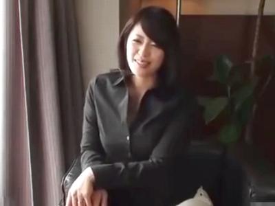 某不倫サイトで知り合った美女妻と初邂逅→意気投合しホテル即パコ!
