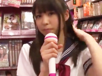 アイドル系AV女優・さくらゆらちゃんが悩めるアキバ男子と即パコw