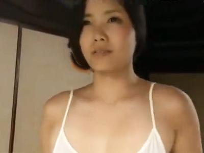 レイプ願望のある美人妻が隣人の親父を誘惑して歓喜のレイプパコ