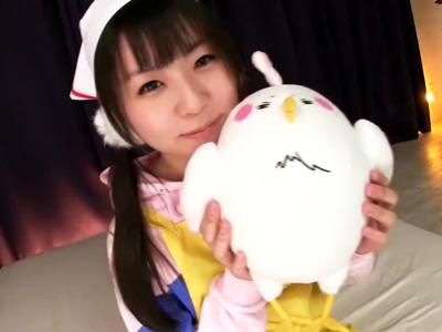 永遠の処女・つぼみちゃんが新商品オナホでチンポをシゴき上げ!