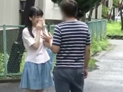 あどけない顔立ちの童顔ロリ娘、姫川ゆうなの未成熟マンコにザーメン中出し