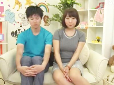 ムチムチ娘の母乳が出れば100万円獲得企画で授乳手コキプレイでザーメンミルク発射