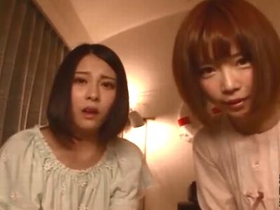 童顔巨乳な美少女二人との3Pファックでザーメン顔射フィニッシュ