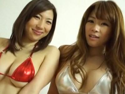 タイプの異なる巨乳美女達との濃厚3Pファックで昇天イキ!