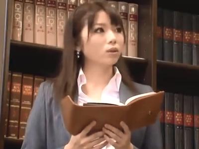 「嫌!やめてくださぃ」敏腕な先輩秘書に容赦なくレイプされる美女w