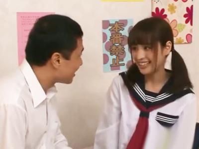 クラスのアイドルの美少女JKを抜け駆けで犯してザーメンぶっかけ