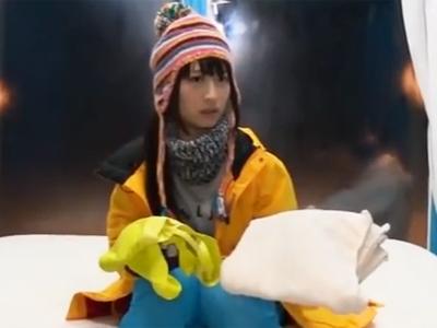 MM号に暖を取りに来てしまった素人美少女がガッツリハメられた上に生中出し