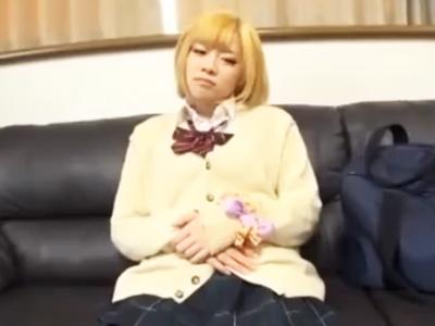 夜の渋谷でうろつく不良金髪JKをお持ち帰りハメ撮り