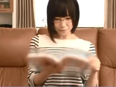 「‥ヘタクソ」メガネ巨乳な実姉相手に中出し近親相姦ゲット!