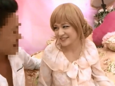 お姫様願望のある金髪美少女が純真マンコに種付け中出しされてマジイキ