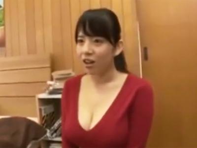 自慢の巨乳を強調してくる淫乱家庭教師に我慢できずに襲い掛かってパコ