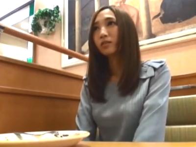 昼下がりの若妻をナンパ→ホテルに連れ込んで即ハメ性交!