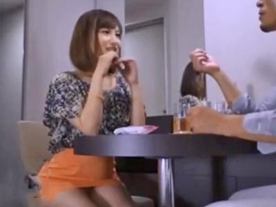 川崎駅前でナンパした素人娘を即ホ連れ込み無許可中出し!