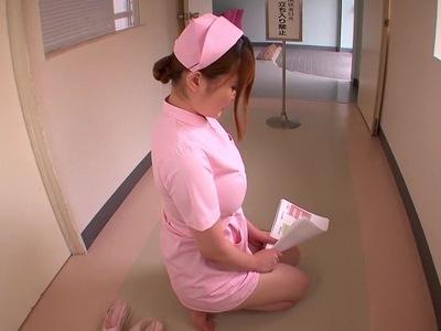立ち入り禁止の病棟で行われていた情事!全身縛らながらもパイズリしてくれる淫乱ナース