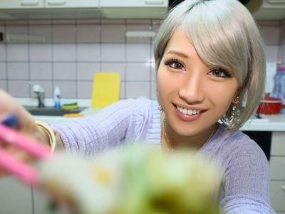 「もう朝やで?笑」黒ギャル最高AIKAさんが自分の彼女!こてこて関西弁でのイチャ付き