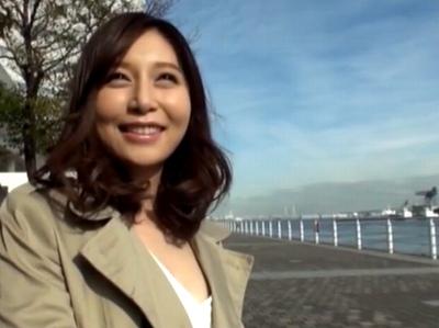 【姫川ゆうなキス】美尻でノーブラで美乳の美人娘、姫川ゆうなのキス近親相姦プレイ動画。【デカチン】