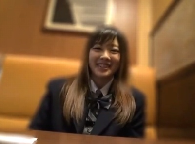 ノリ良し顔良しな円光JKとハメ撮り!フレンチトーストを食べてる様も可愛いガチ天使