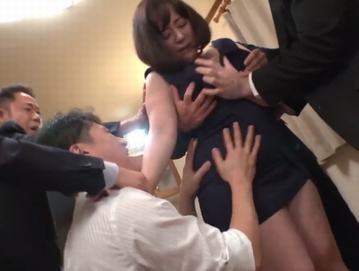 「いやっ!ヤメて!」社長妻が退職金を求めるリストラ社員たちに身体で支払わされる集団強姦