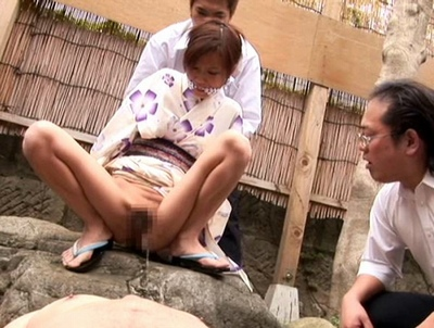 「い、いや…見ないでぇ」聖水プレイで恥辱の全てを受けた美人妻が完全性奴隷化