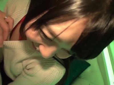 「逝っちゃう逝っちゃうイクゥウーー♡」童顔・アニメ声なのに騎乗位腰振りしちゃうガチ名器素人!