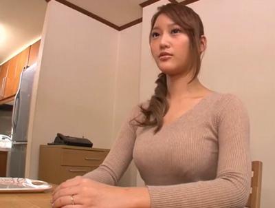 28歳・気の強そうなギャル妻がAV出演!ずっとため込んでいた性欲が爆発してガチ絶頂