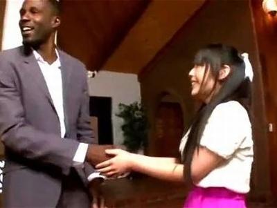 「見るからに…大きそう♡」日本人の美少女が本場アメリカで長身黒人のロングホーンで悶絶イキ