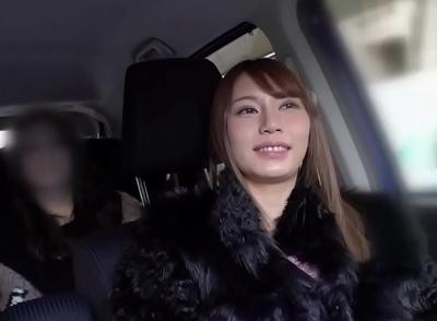 東京に上京してきたばかりのガチ素人ナンパ→ノリよくコスプレパコまでしちゃう最高ギャルとハメ撮り成功!