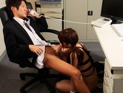 ボクの上司のは昼はできるOL→夜は肉便器ですw