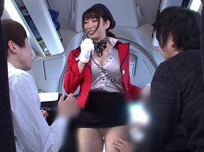 「この度はエロイイ観光をご利用いただき♡」淫語MAXでバスガイドしてくれる痴女と車内でも大乱交
